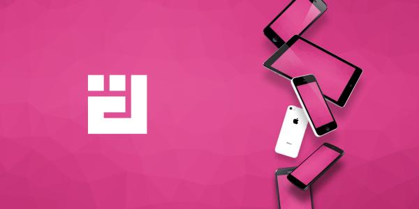 様々なデバイスのモックアップ素材のセット[FLAT & REAL]が無料でダウンロード可能。