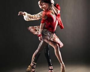 【ADS】躍動感溢れる「Smuin Ballet Company」の広告
