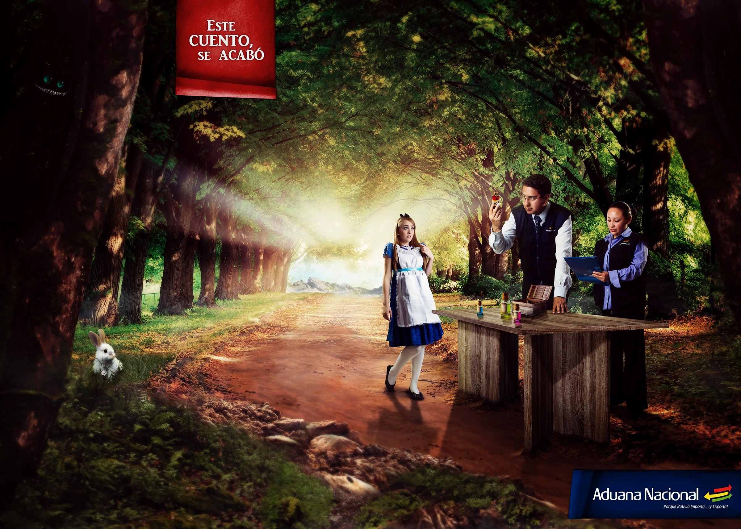 Aduana Nacional - 不思議の国のアリス