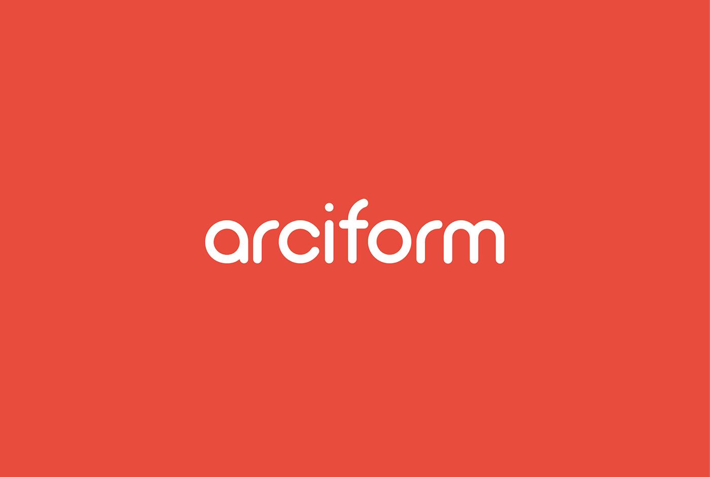 Font : Arciform